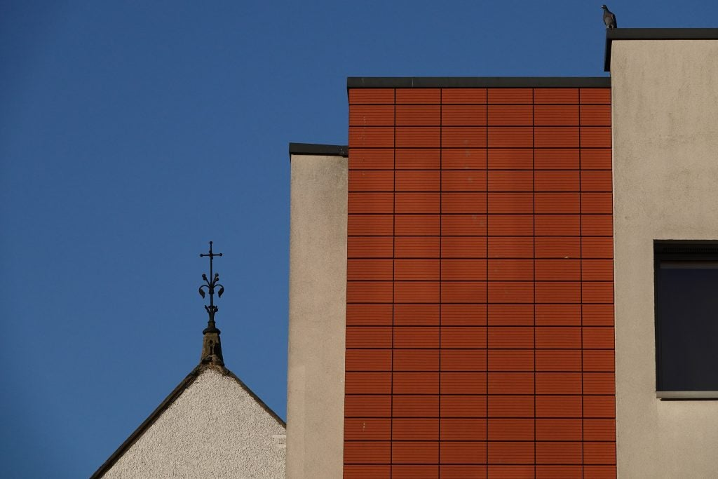 Sony RX10 IV abstract architecture sample