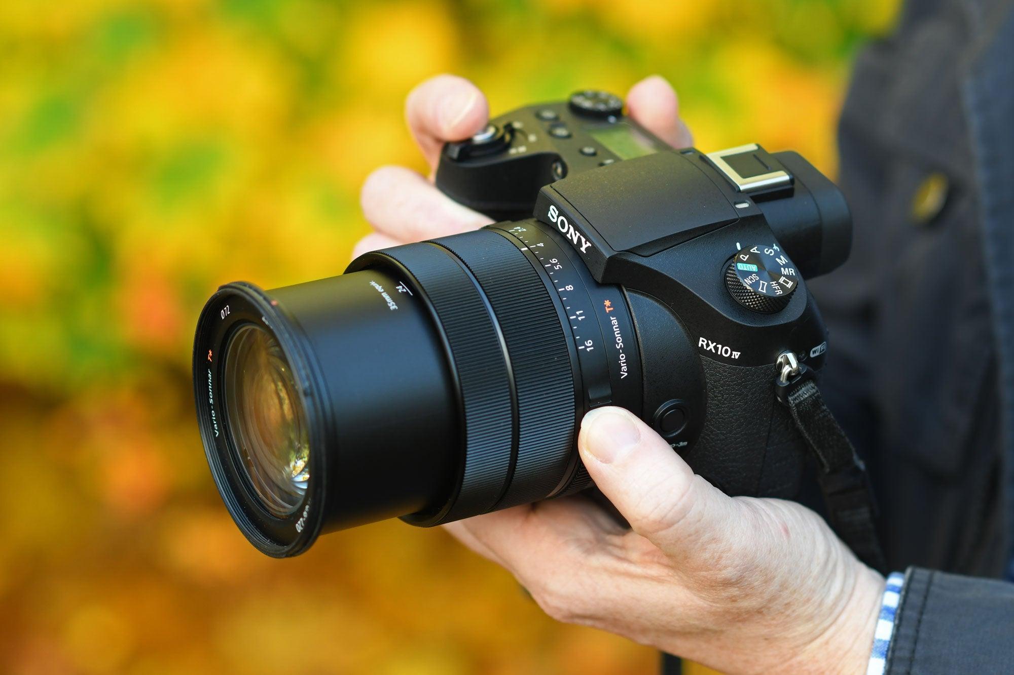 Best Cameras: Sony RX10 IV