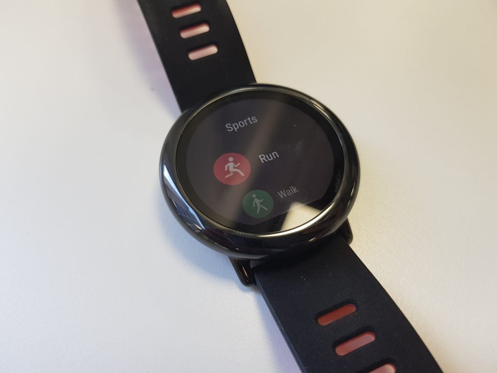 30113a104 Amazfit Pace Review