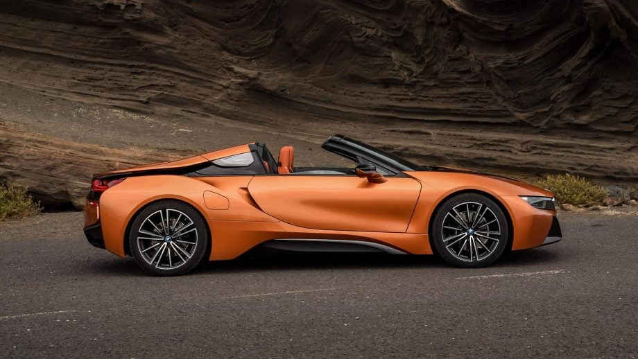 bmw i8 roadster revealed and it might just be the most stunning hybrid in the world trusted. Black Bedroom Furniture Sets. Home Design Ideas