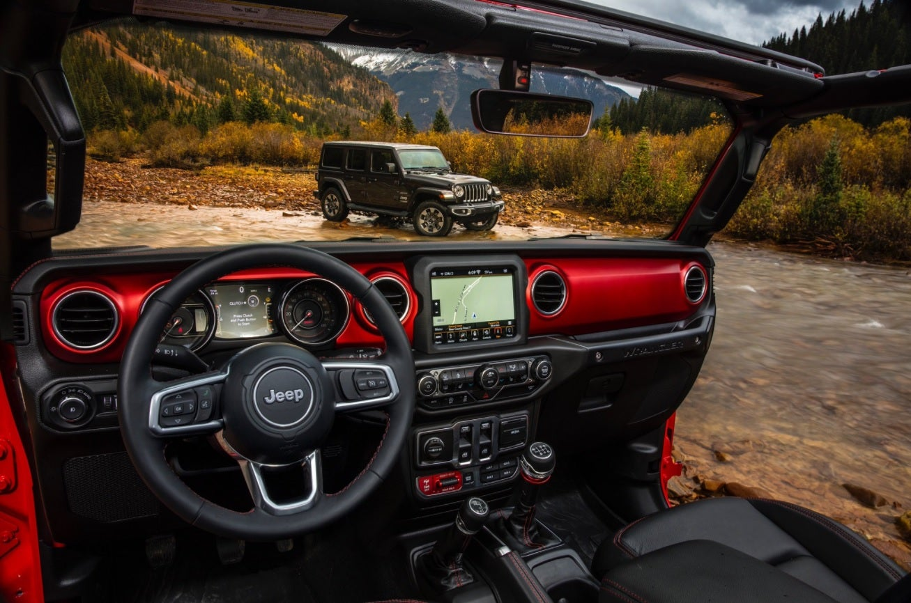 Take A Peek Inside The 2018 Jeep Wrangler S Interior Trusted Reviews