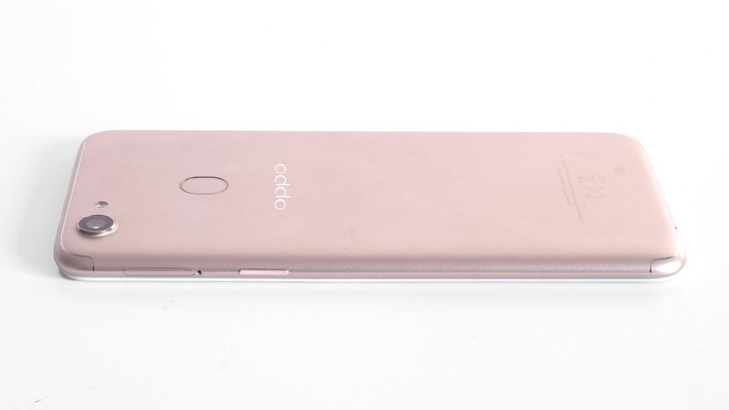 Oppo f5 review trusted reviews unlike the moto g5s plus the oppo f5 isnt metal it took me a few days to come to this realisation however the curved back of the f5 is silver stopboris Gallery