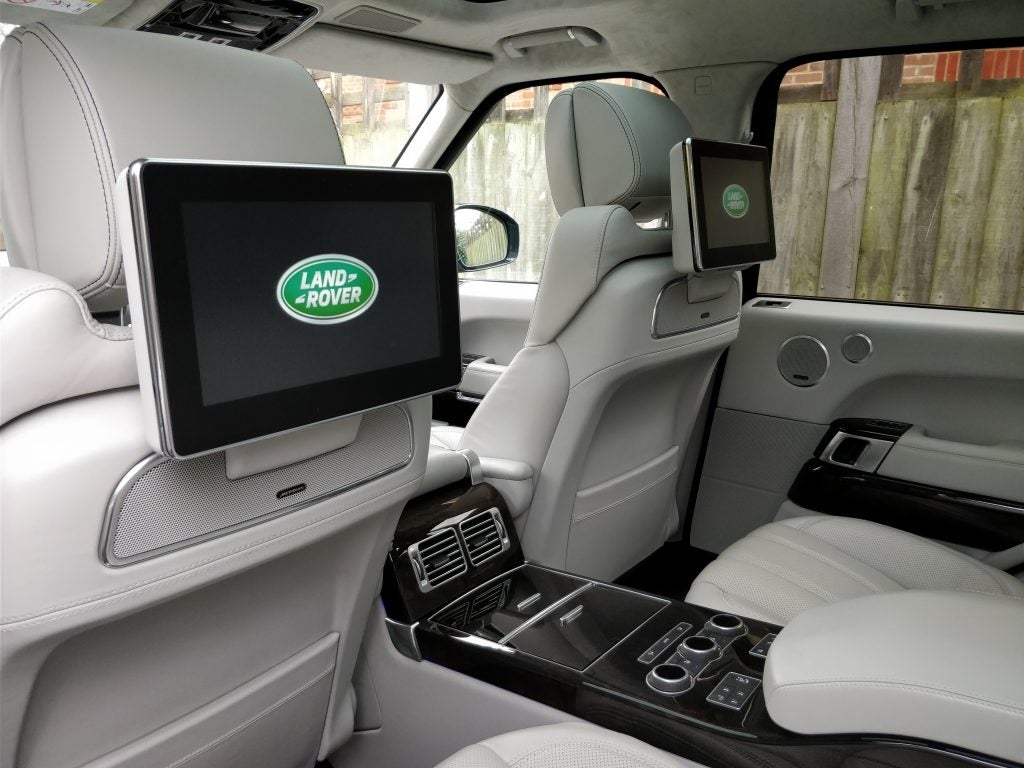 This 110000 Range Rover Proves Land Is The Luxury Suv King Northedge 1 Gps Wacth Tdv6 Autobiography
