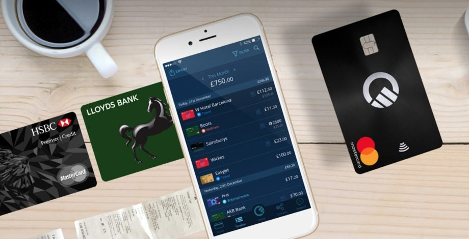 Curve replaces your wallet with a single card and it's