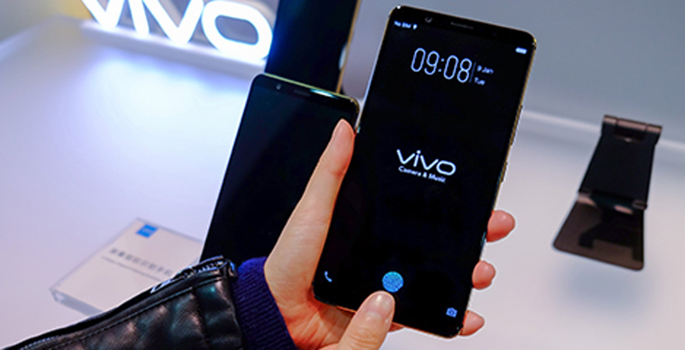 Vivo beats Apple and Samsung to 2018's top smartphone feature  Trusted Reviews