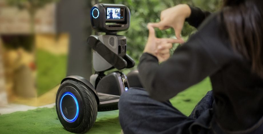 Segway S Loomo Robot Is Part Hoverboard Part Friendly