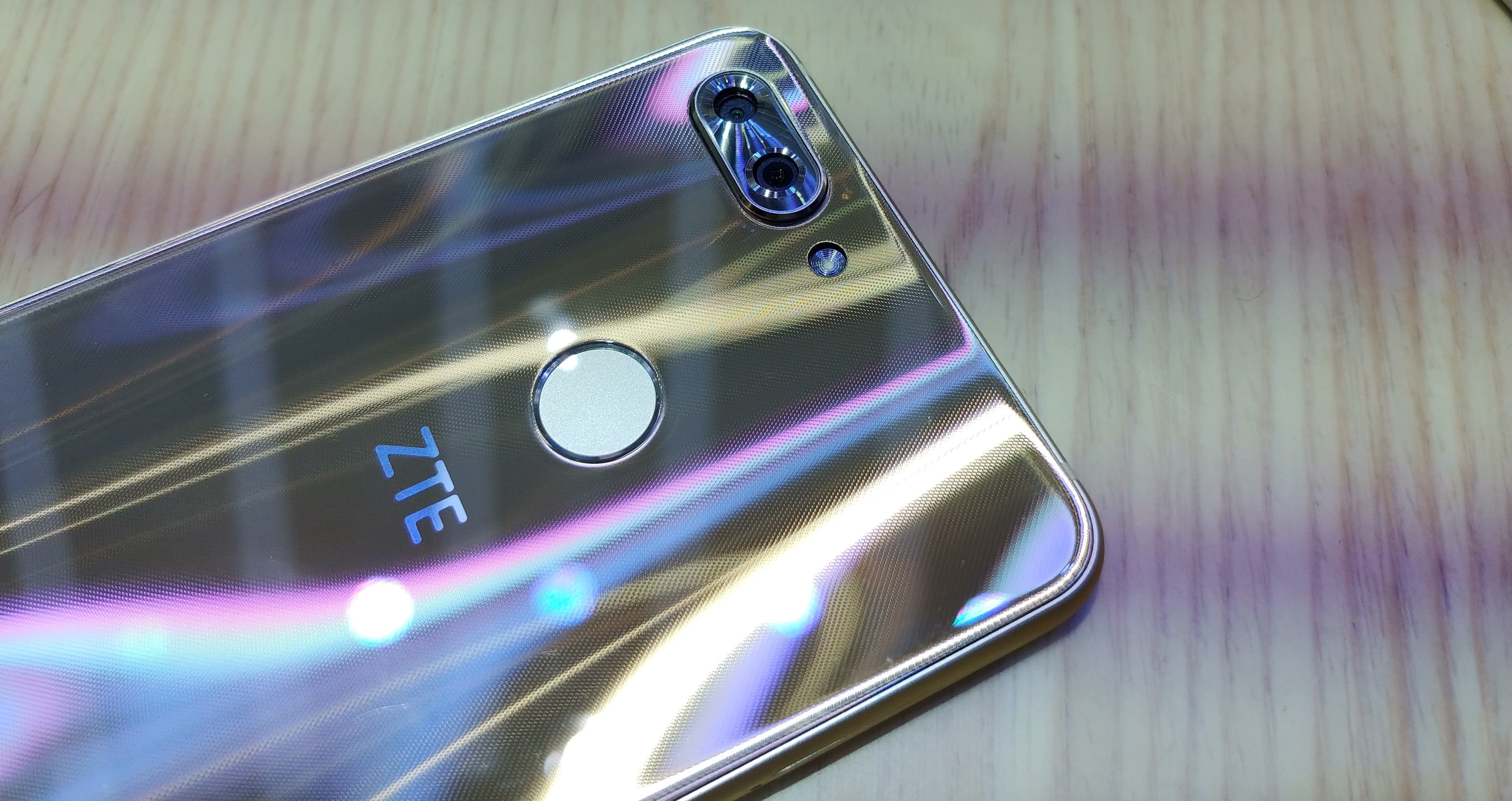 ZTE Blade V9 is a mid-range smartphone with a flagship design