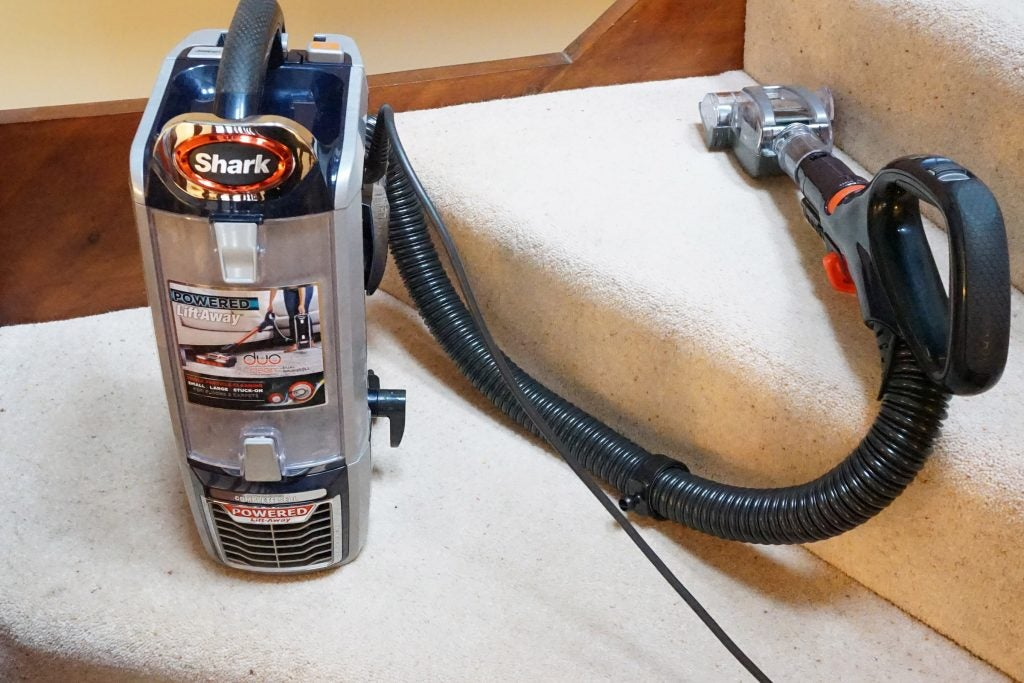 Shark Duoclean Powered Lift Away Nv801ukt Review Trusted