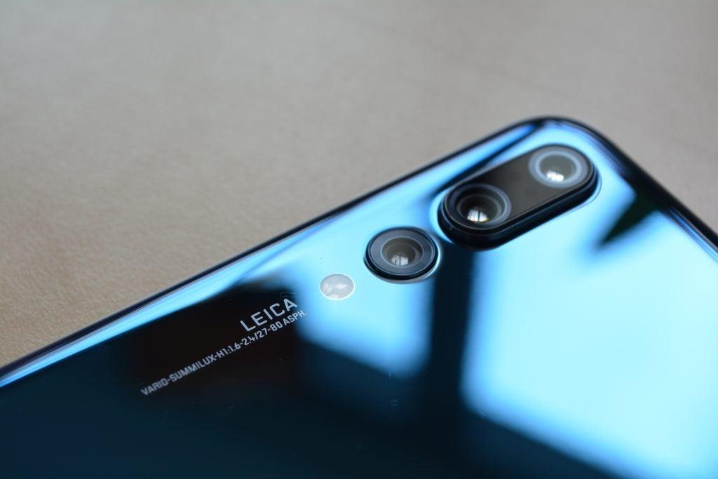 Huawei Mate 20 Pro Vs Huawei P20 Pro  Huawei U0026 39 S 2018 Flagships Compared