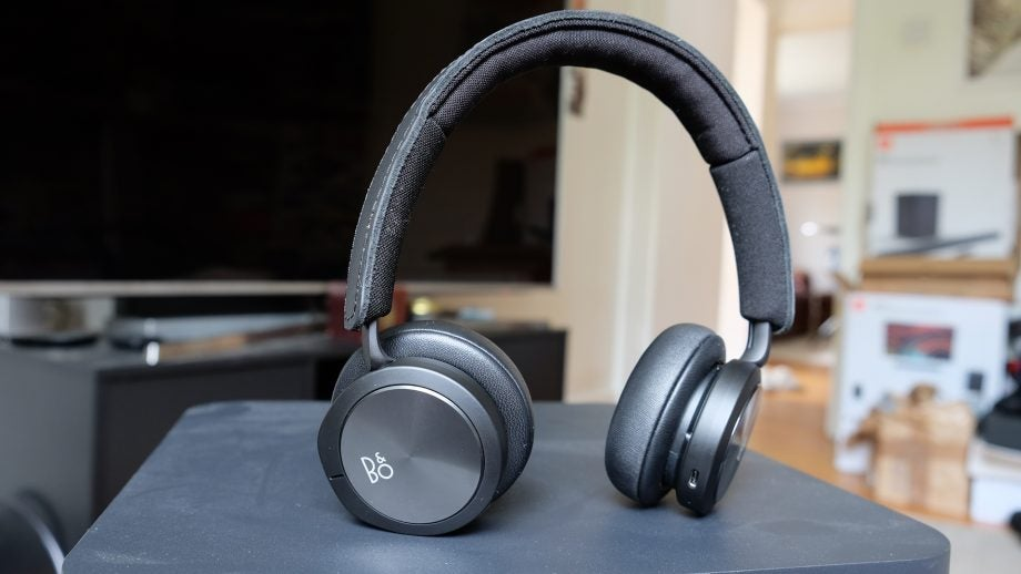 B&O Beoplay H8i Review: Wireless, noise-cancelling luxury