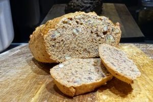 Morphy Richards Homebake Breadmaker