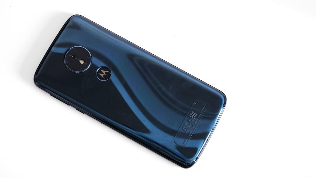 Moto G6 Play shiny plastic back