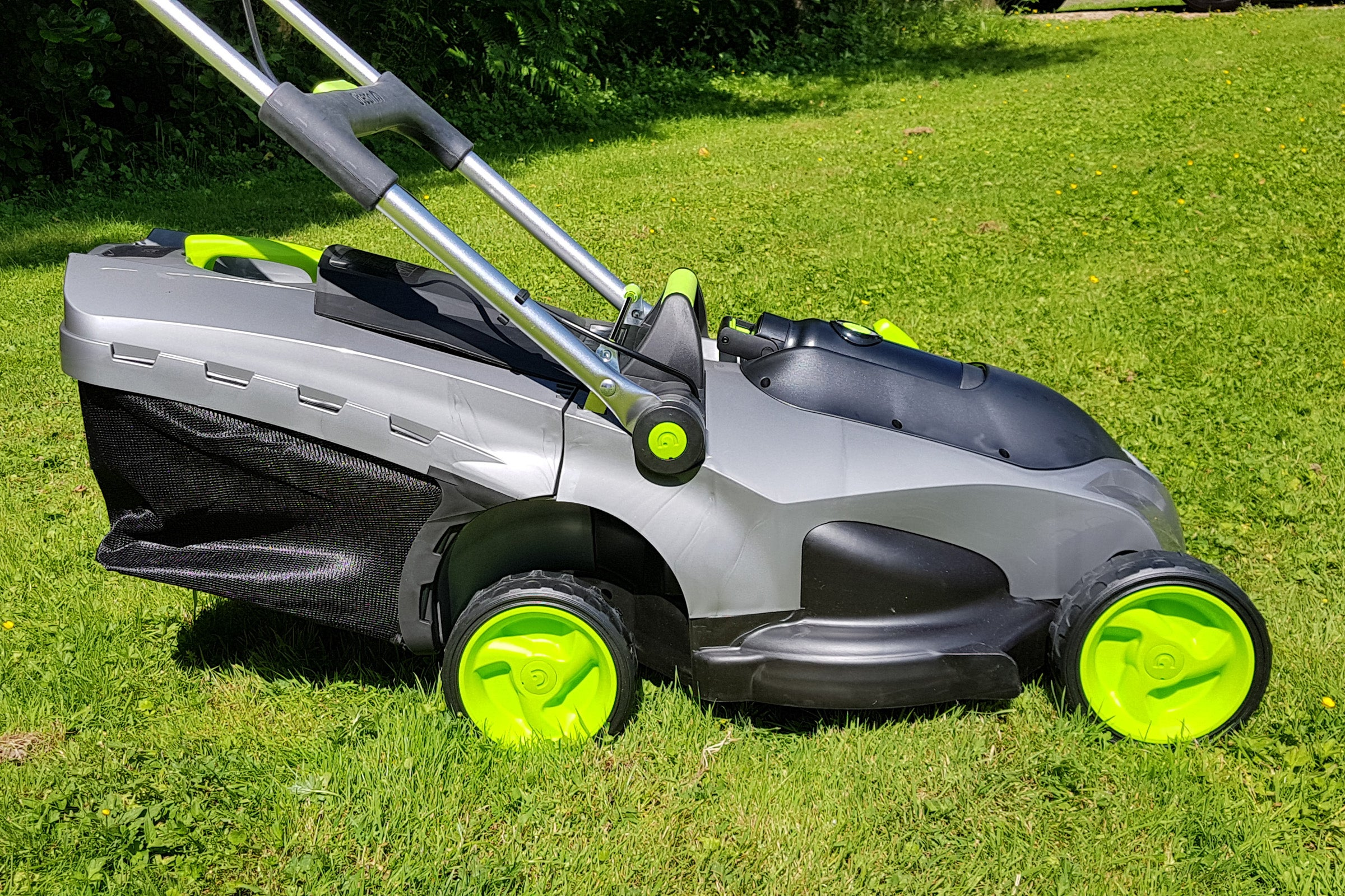 Gtech Falcon Cordless Lawnmower Review | Trusted Reviews