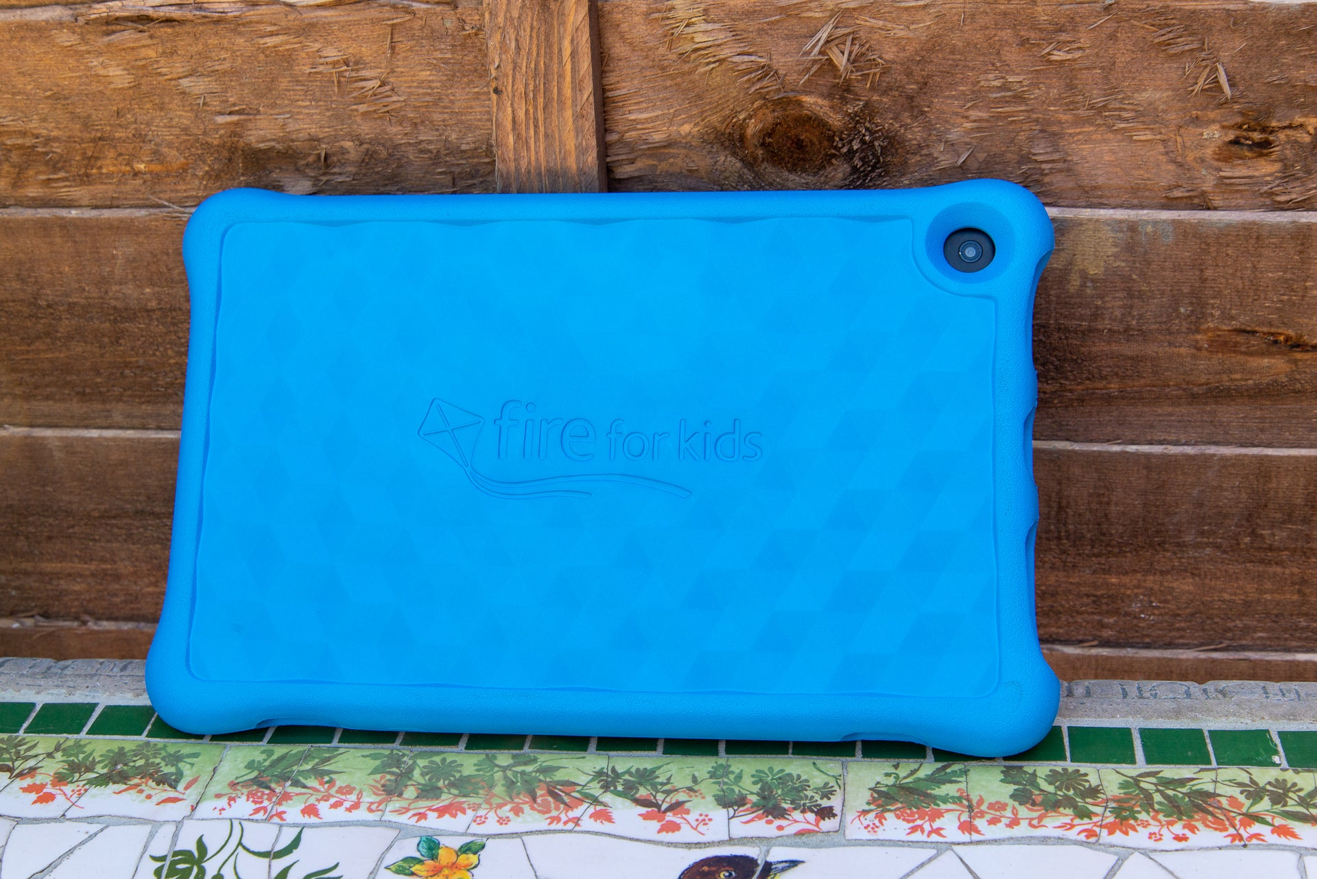 Amazon Fire HD 10 Kids Edition 10 rear