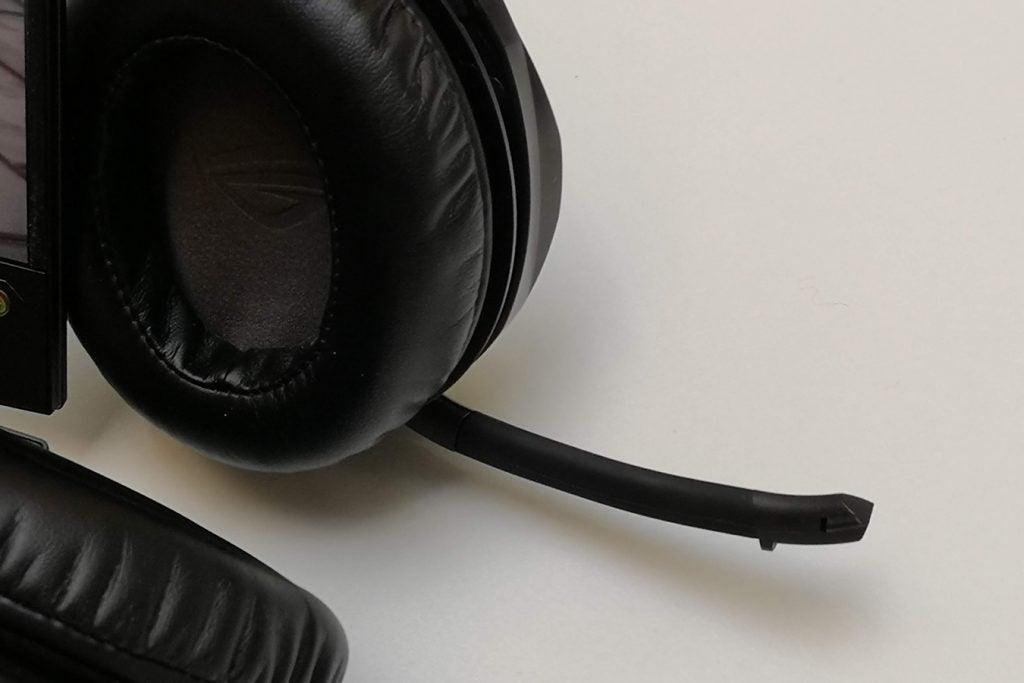 Asus ROG Strix Fusion 300 mic