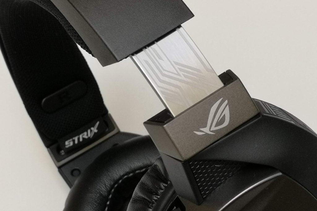 Asus ROG Strix Fusion Wireless detail