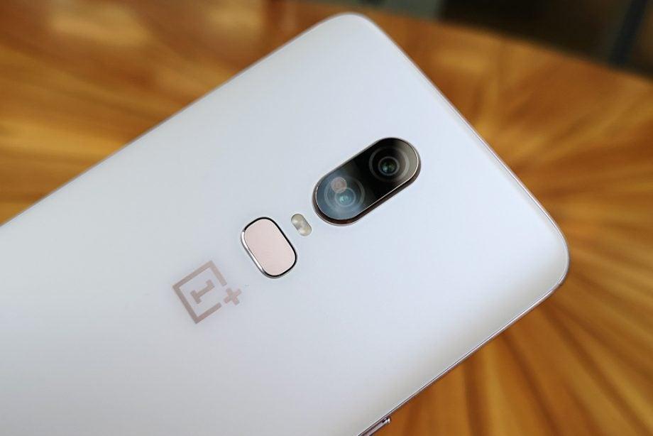 OnePlus 6 Silk White camera