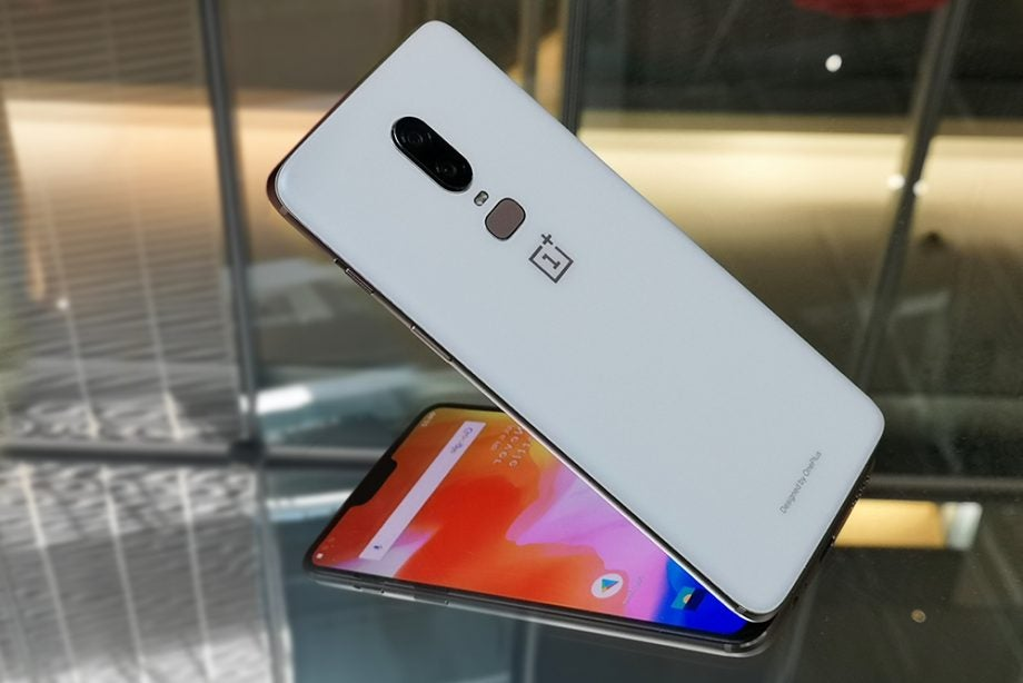 OnePlus 6 Silk White reflect 3/4 view 2