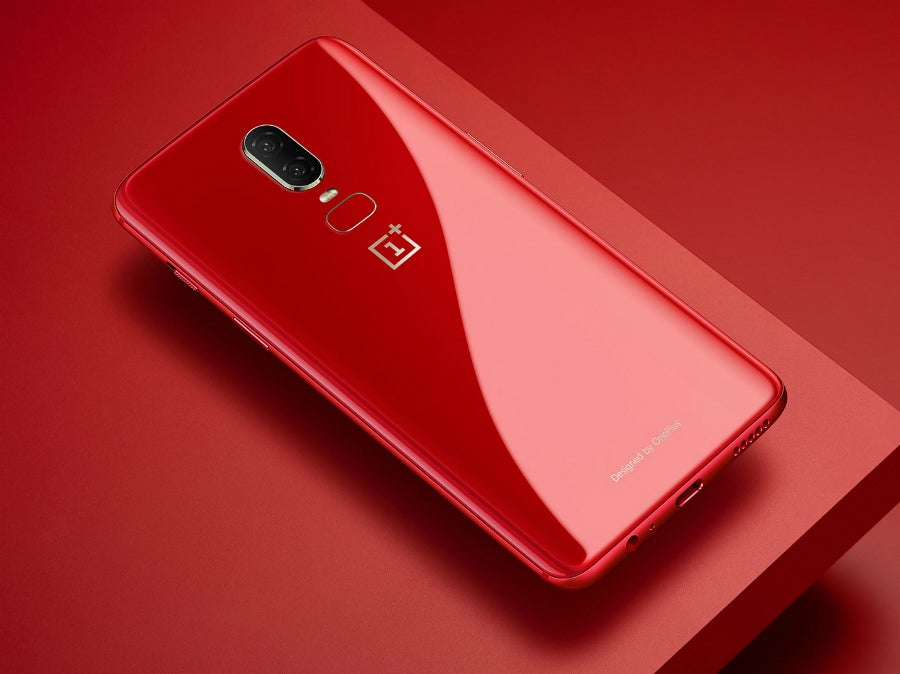Game Black Friday >> The gorgeous red OnePlus 6 is now available in the UK