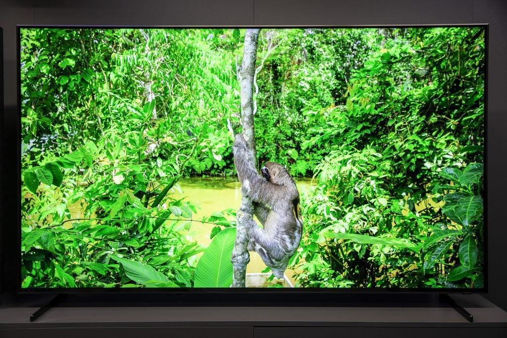 Kết quả hình ảnh cho Samsung Q900R