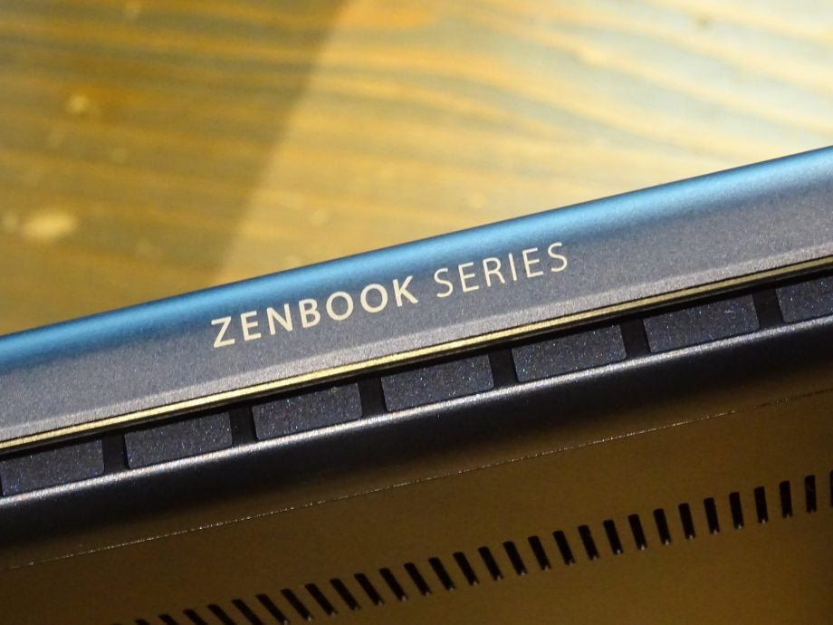 The ZenBook 15 is so slim that you'l easily fit it in your bag