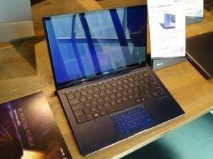 The Asus ZenBook Flip 13 (UX362) in standard laptop mode.