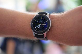 Galaxy Watch clock