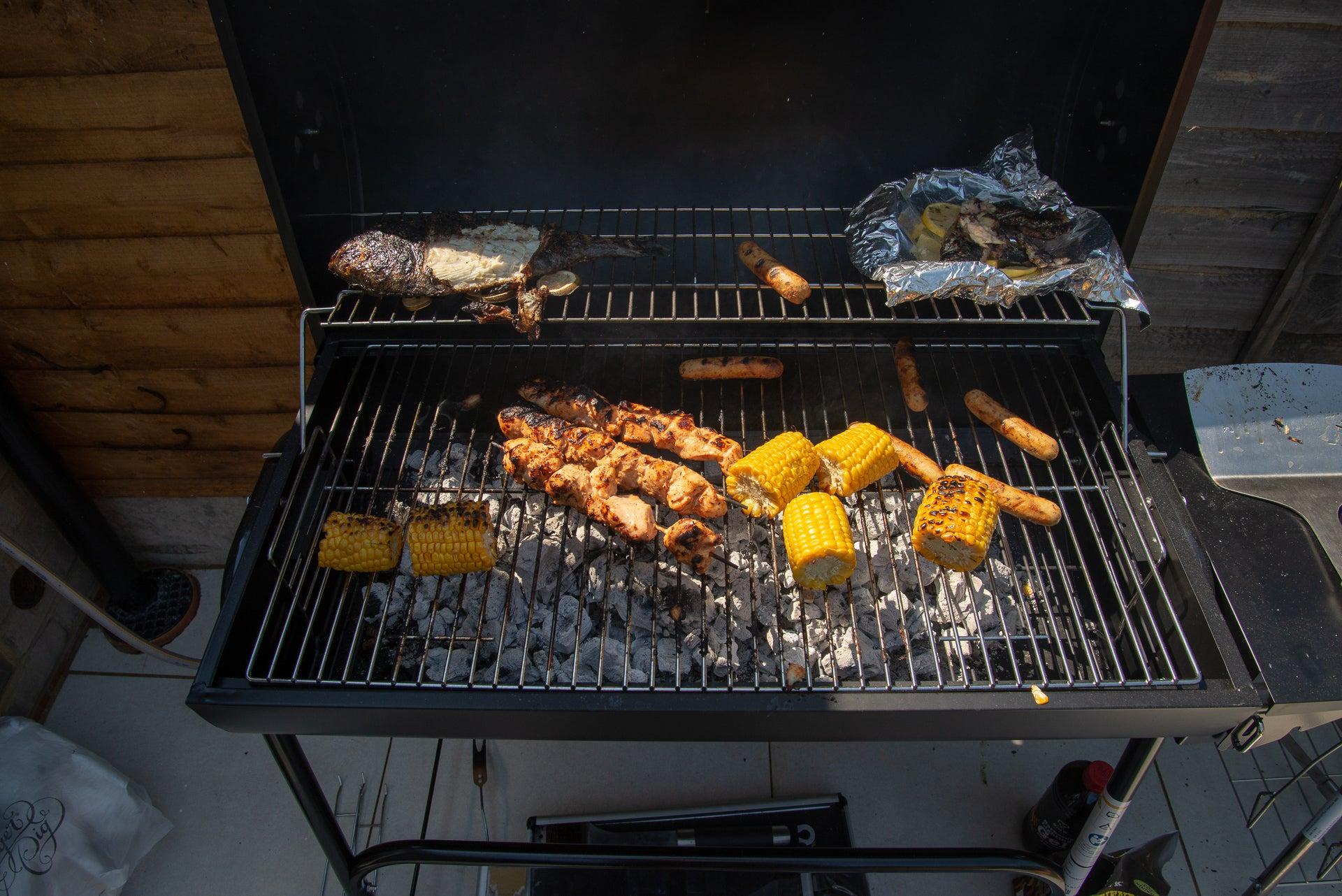 George Foreman GFDRMBBQ Drum Charcoal BBQ cooking
