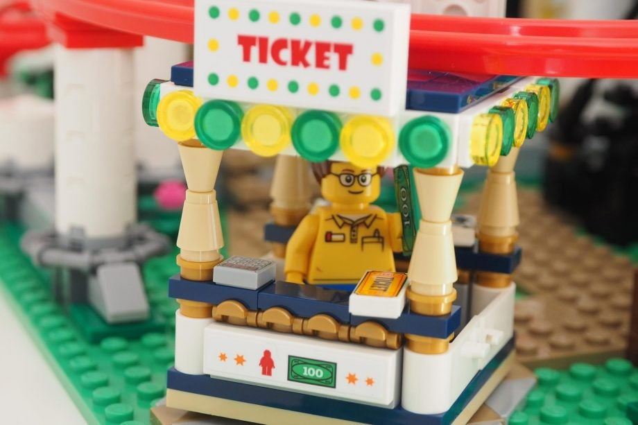 LEGO Creator Expert Roller Coaster Review | Trusted Reviews