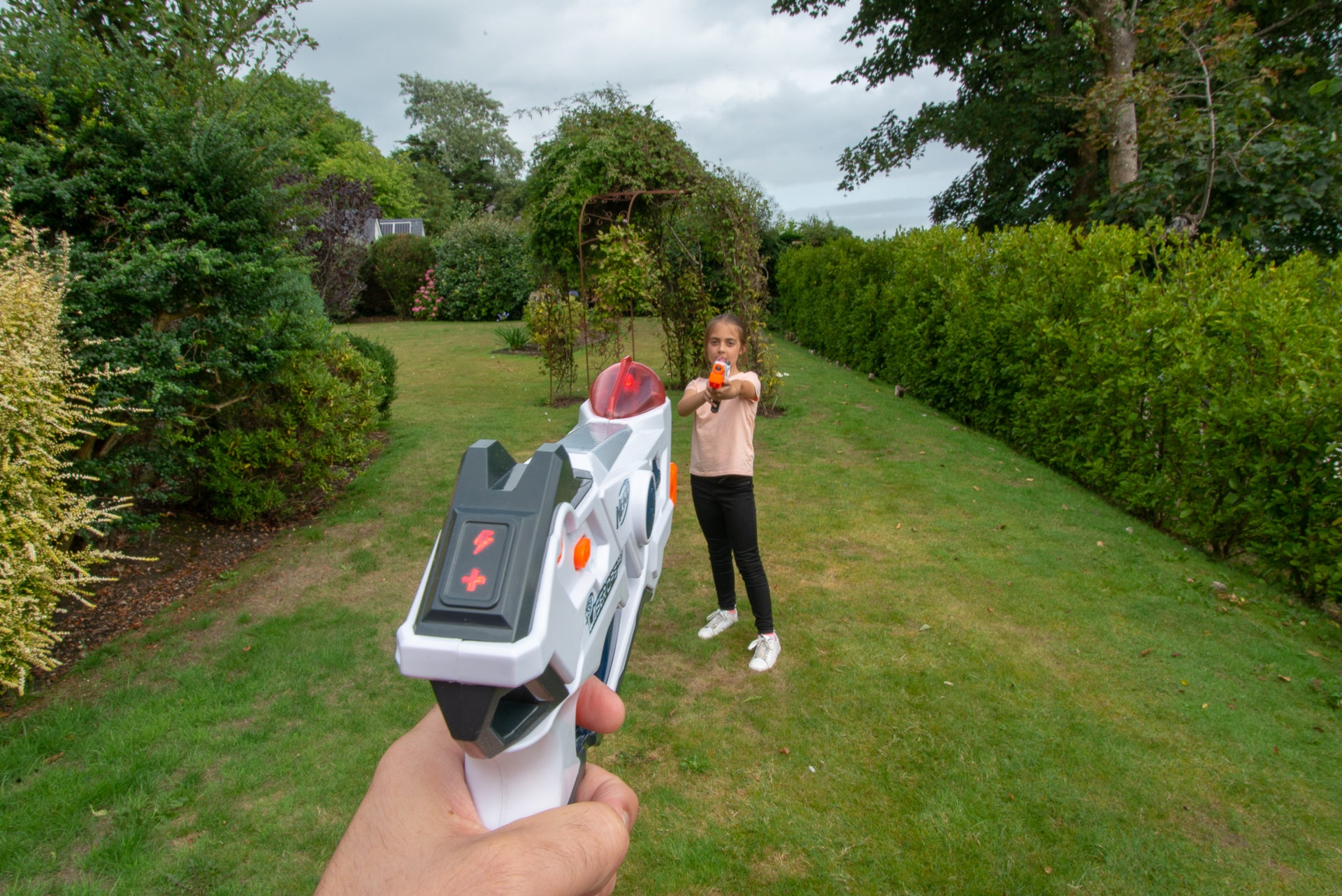 Nerf Laser Ops Pro Alphapoint fighting it out