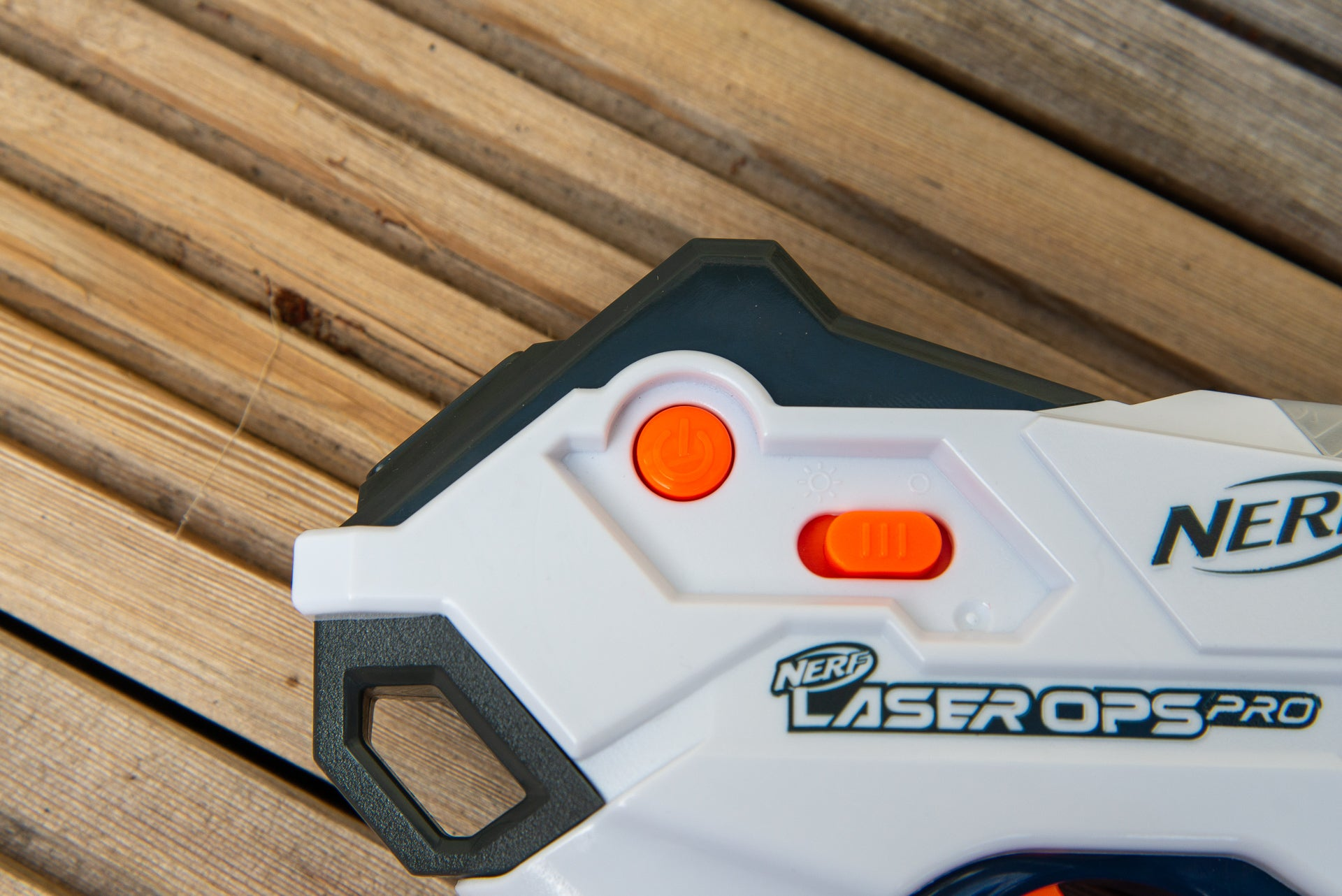 Nerf Laser Ops Pro Alphapoint power and lighting control