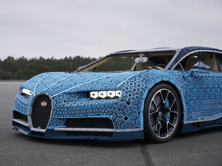 this bugatti chiron made of lego can actually be driven at 19mph