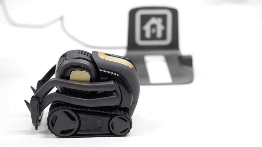 Anki Vector Review   Trusted Reviews