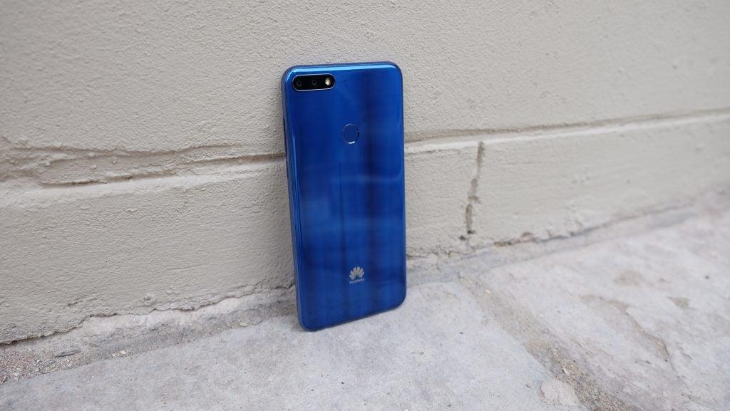Huawei Y7 Back-1