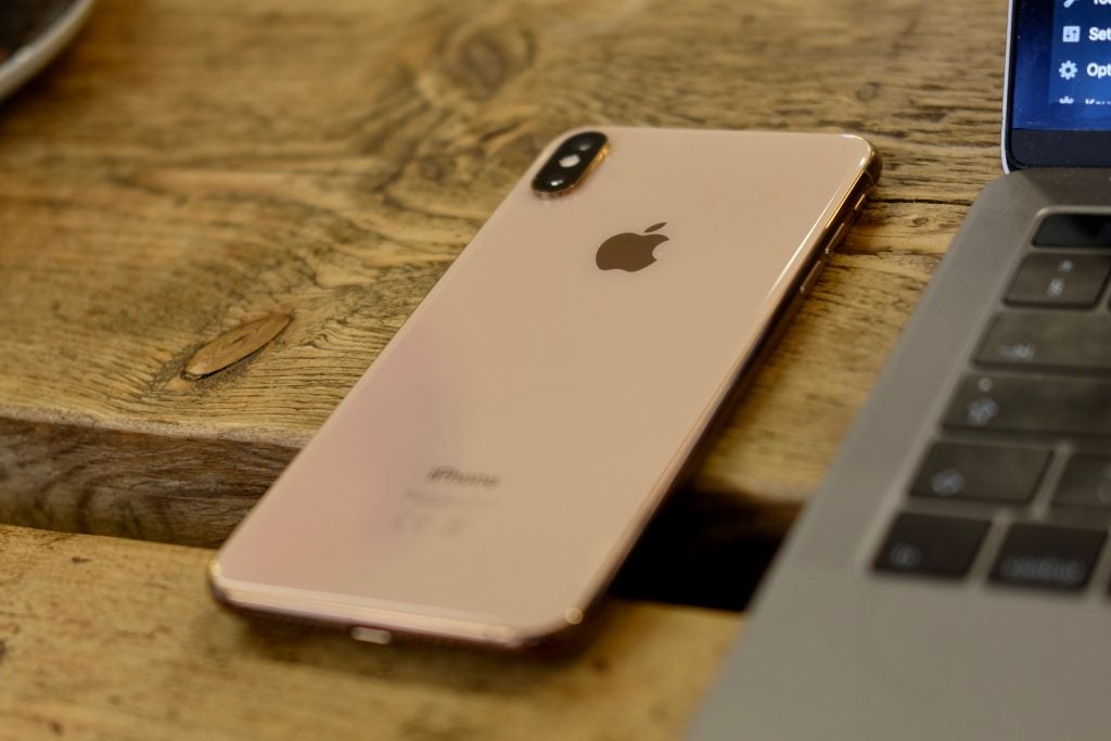 iPhone XS Max back