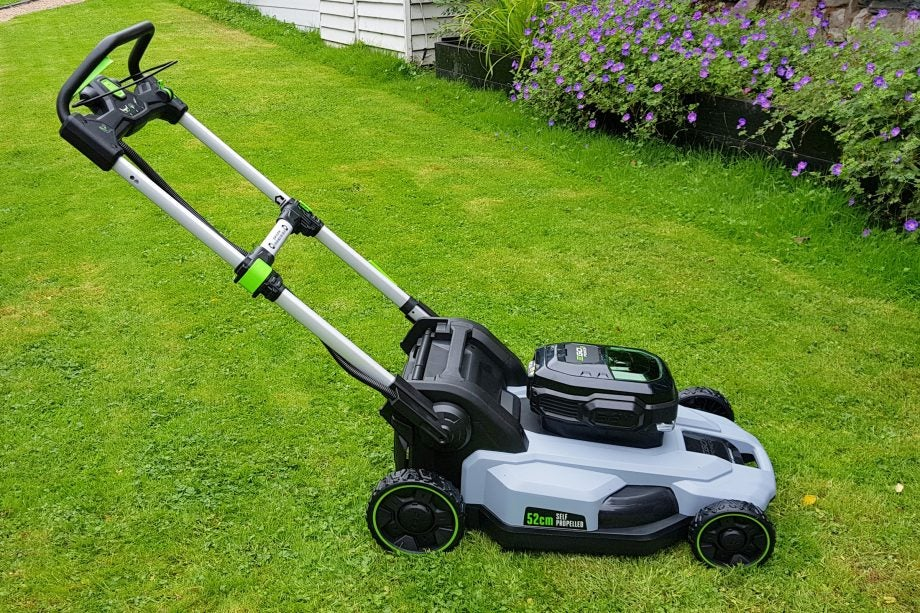 EGO LM2122E-SP cordless lawnmower Review | Trusted Reviews