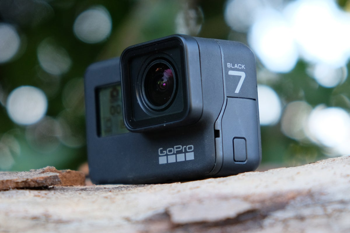 best action cameras 2018 top 7 cameras to capture life 39 s. Black Bedroom Furniture Sets. Home Design Ideas