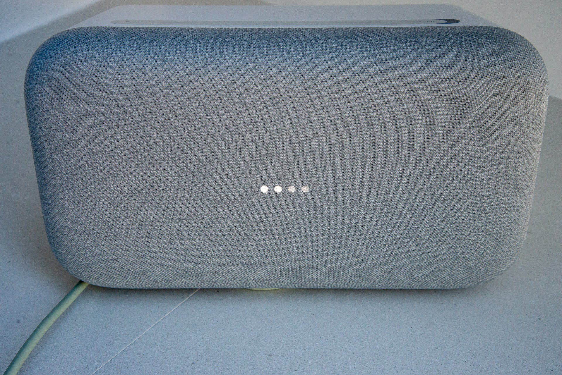 can you link the google home max with sonos speakers