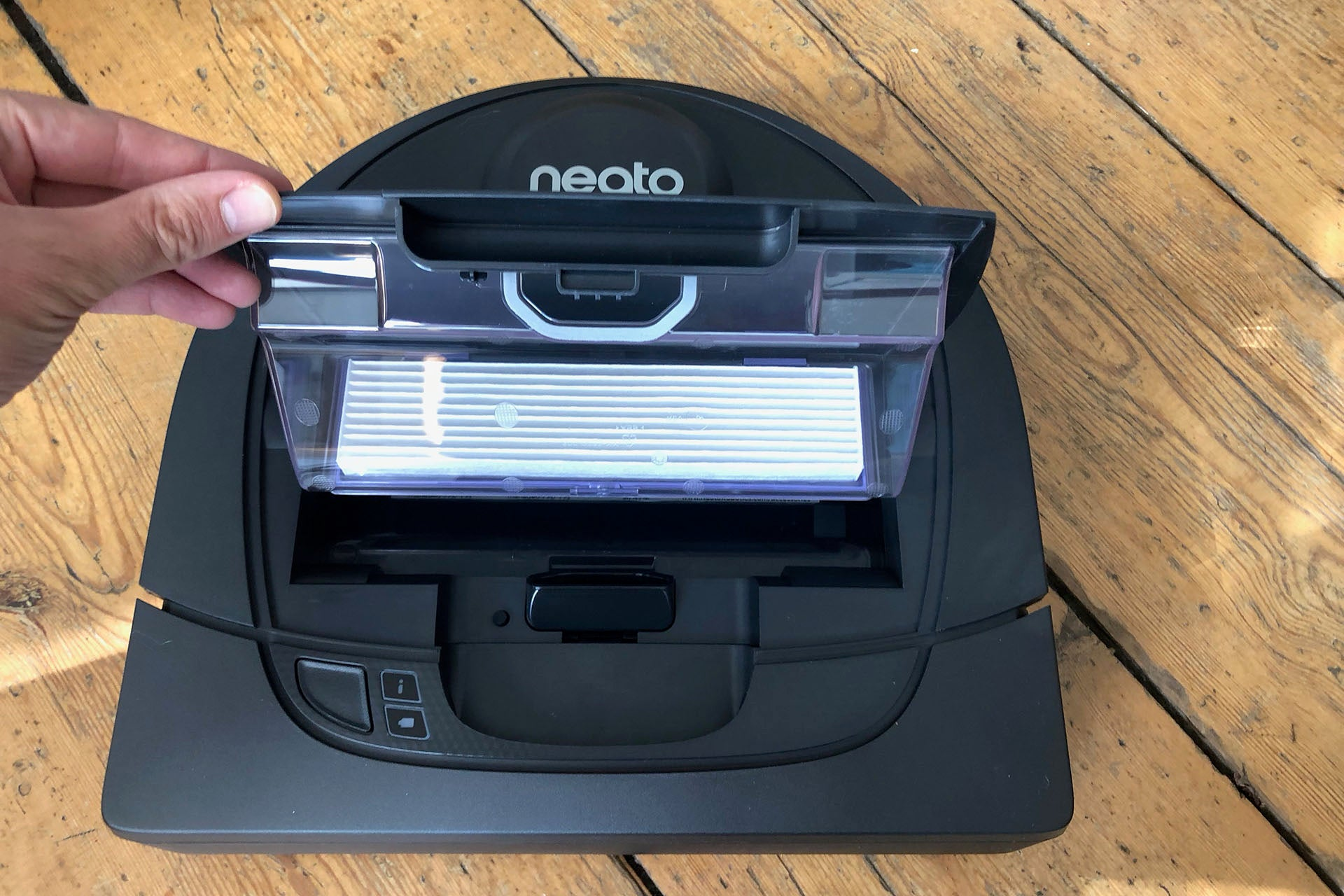 Neato Botvac D4 Connected Review   Trusted Reviews dda6665658b