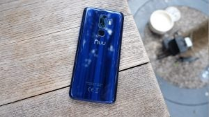 Nuu Mobile G3 - Back