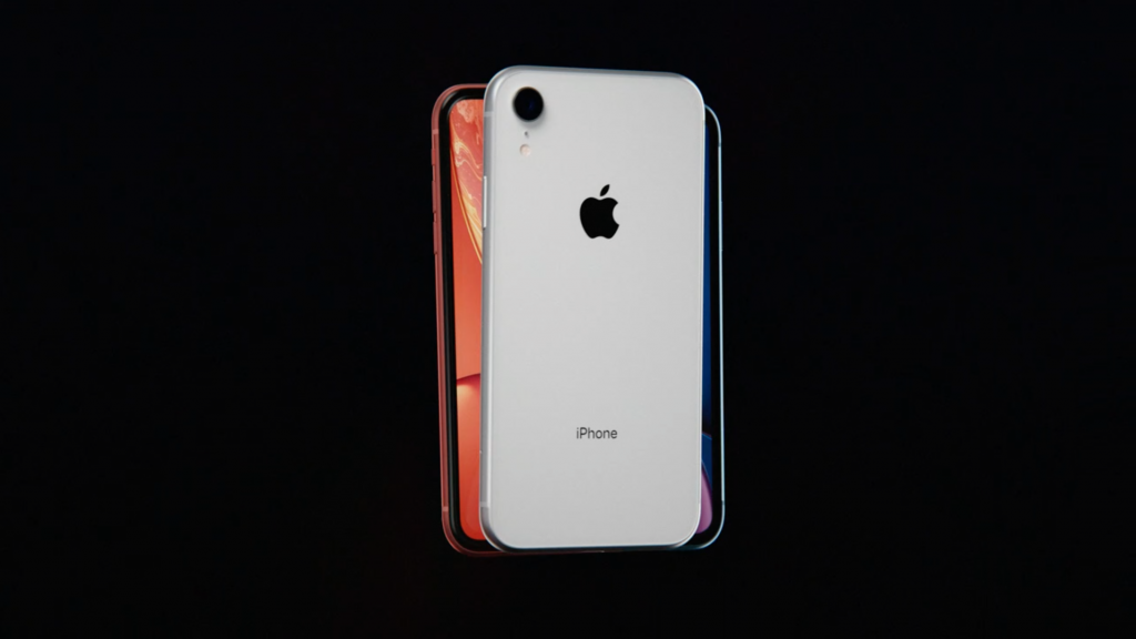 Cover iPhone 8 nera  Miss Tackle