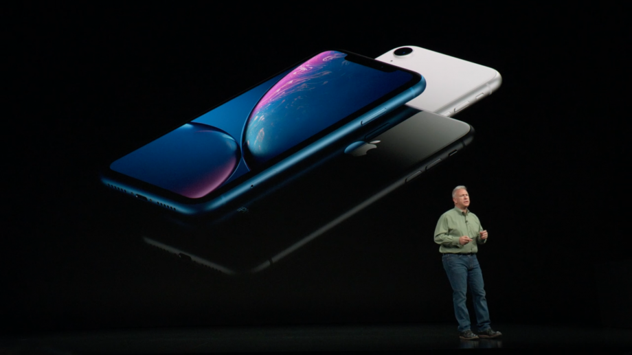 with new iphones for 2018 now in the spotlight were left wondering how apples best of 2017 the iphone x compares to the most conservative member of the