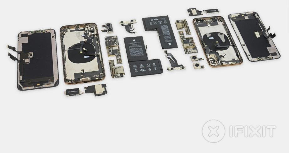 reputable site 8adc0 f8af3 iPhone XS and XS Max teardown reveals everything Apple didn't tell ...