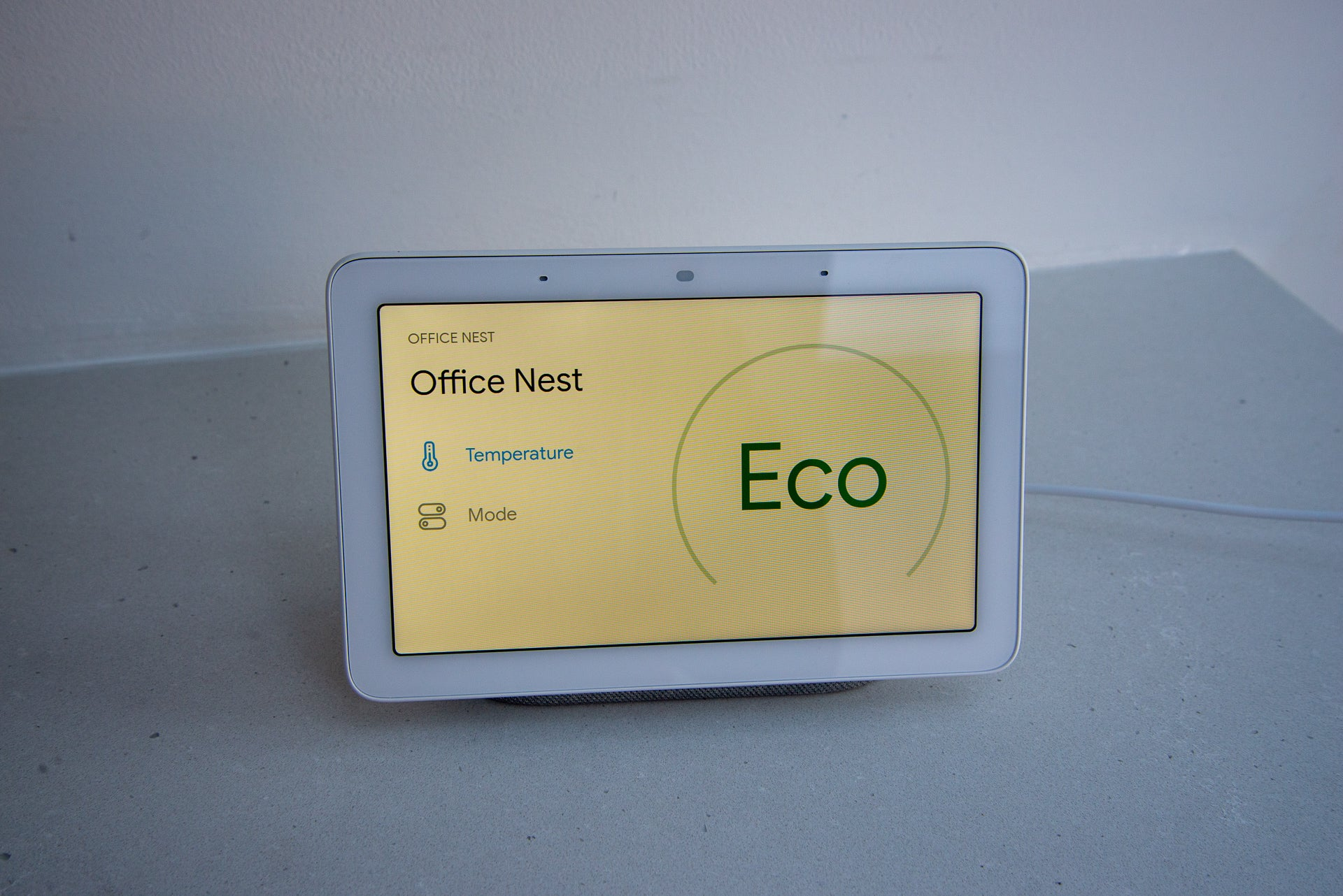 Google Home Hub Nest Thermostat