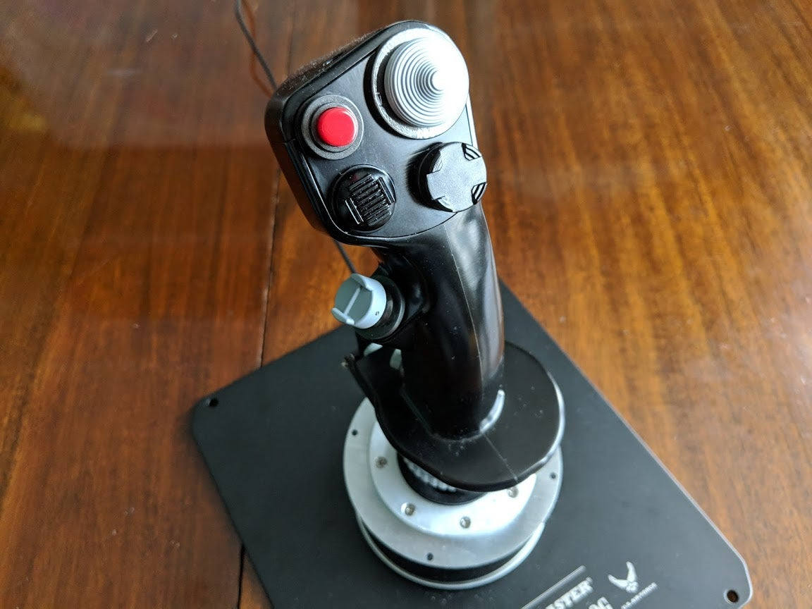 Thrustmaster Warthog HOTAS Joystick and Throttle Review | Trusted