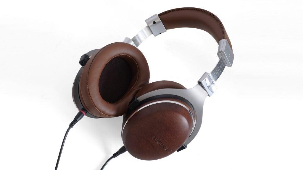 Headphone drivers: Dynamic vs Planar magnetic vs Electrostatic