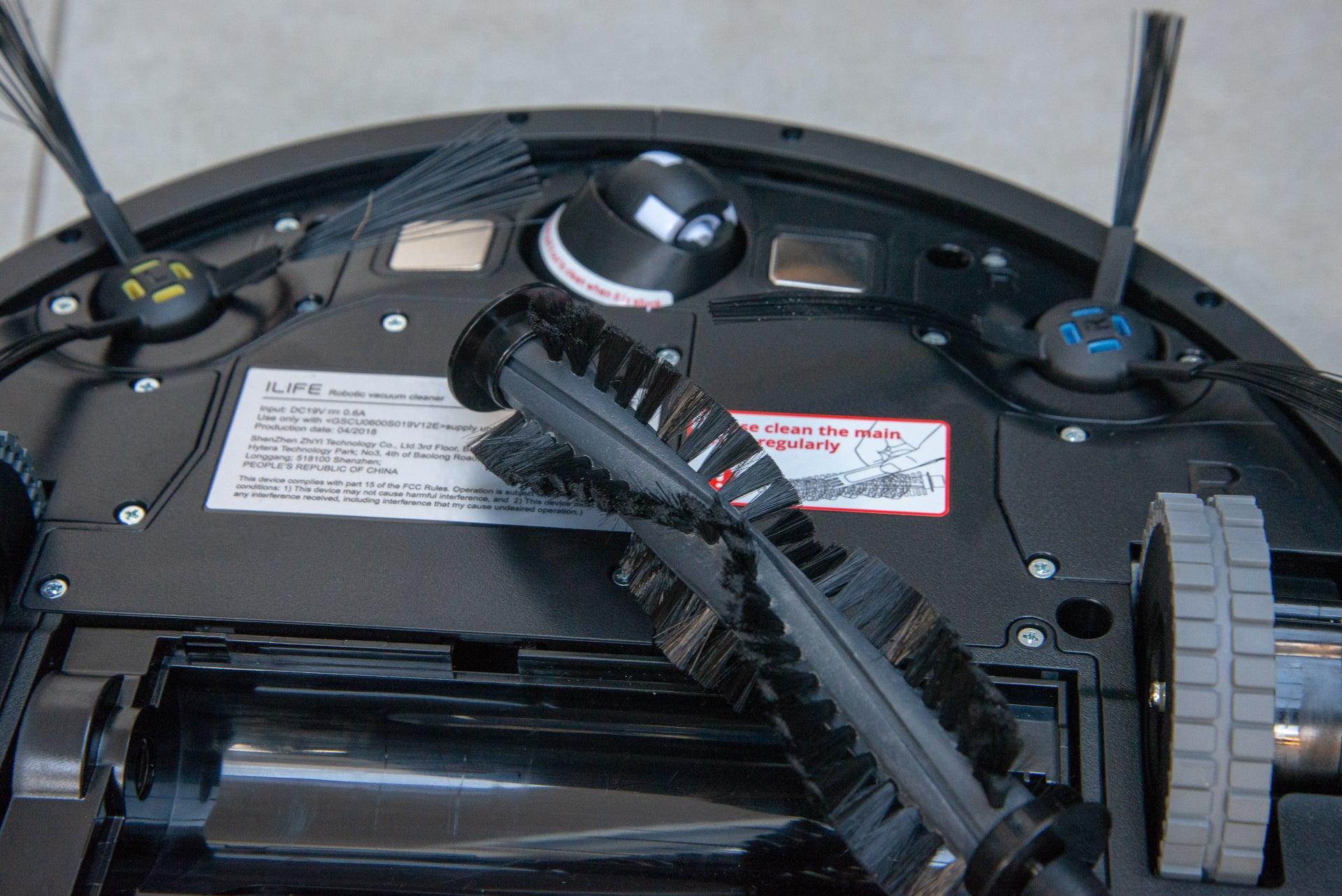 iLife A7 Robotic Vacuum Cleaner bristle brush