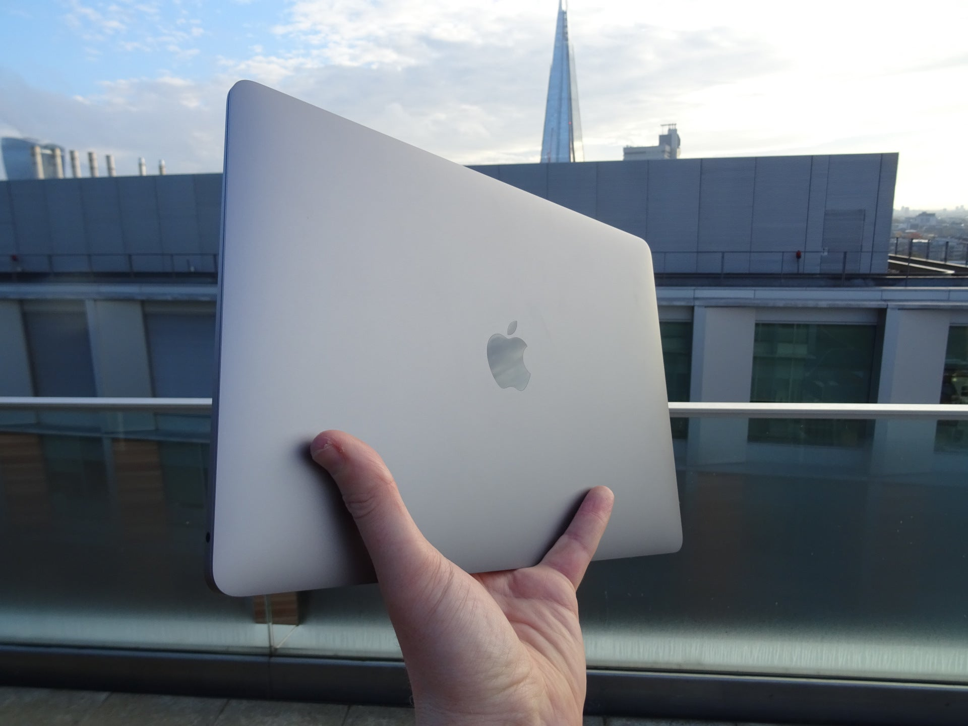 Apple Confirms T2 Chip Renders New Macs Unrepairable By
