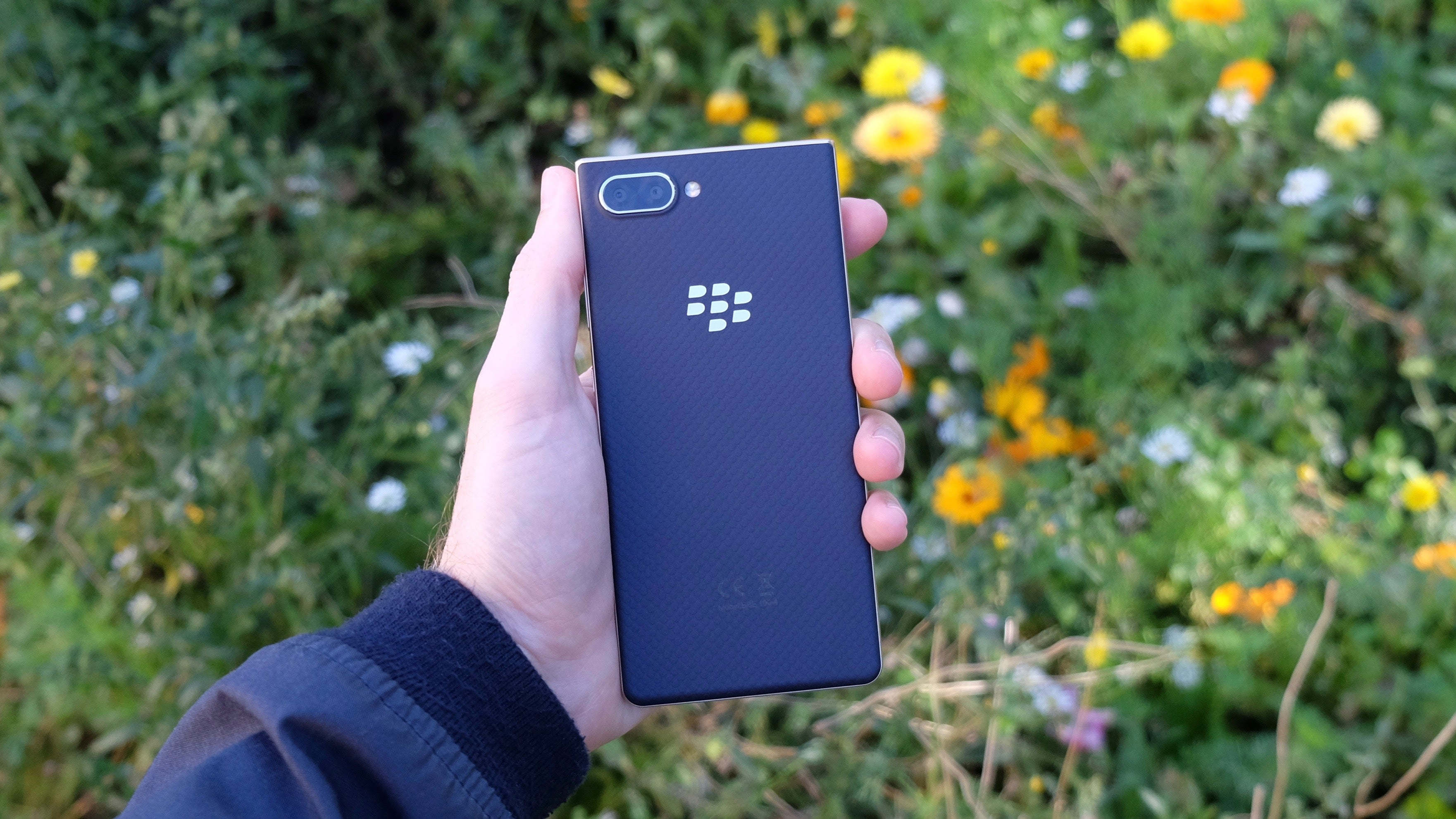 BlackBerry Key2 LE Review | Trusted Reviews