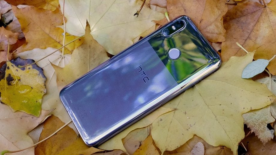 HTC U12 Life review Back 3/4s